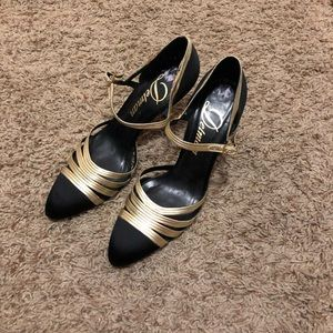 Delman heels! Size 8 1/2 Black and Gold.
